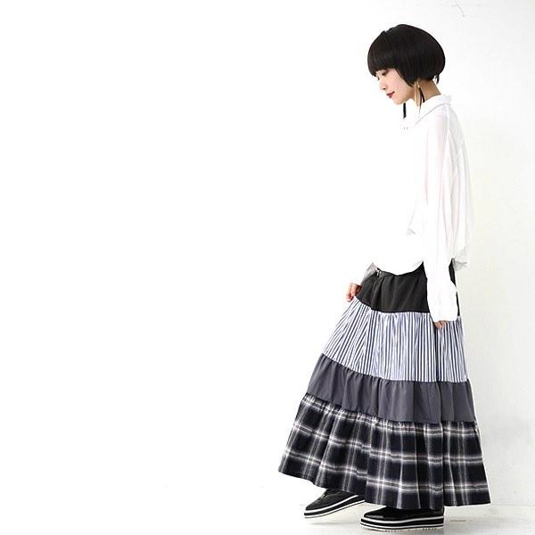 """21bb10fbad15a7 ほどよく個性的なアイテムも。ふんわりスカートが可愛いですね。 """"オシャレウォーカー""""では少しガーリーなナチュラルカジュアルなアイテムから、大人ベーシックな  ..."""