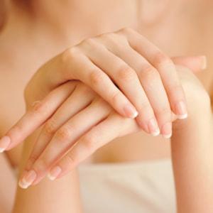 マッサージ 指 を 細く する